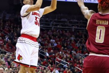 Jordan Nwora, Ky Bowman Louisville vs. Boston College 1-21-2018 Photo by William Caudill, TheCrunchZone.com