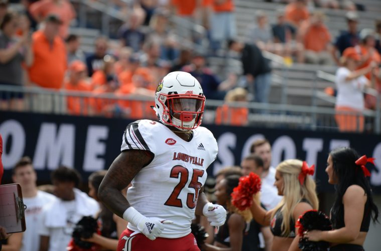 Dae Williams Louisville vs. Virginia 9-22-2018 Photo by Austin Sullivan, TheCrunchZone.com