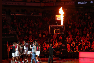 Intro Louisville vs. Nicholls State 11-8-2018 Photo by William Caudill, TheCrunchZone.com