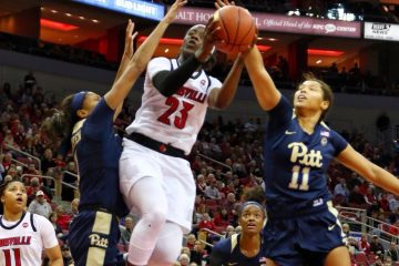 Jazmine Jones Louisville vs. Pitt 1-27-2019 Photo by William Caudill, TheCrunchZone.com