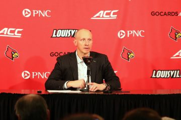 Chris Mack Louisville vs. Duke 2-12-2019 Photo by William Caudill, TheCrunchZone.com
