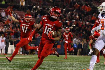 Javian Hawkins, Isaac Martin Louisville vs. Syracuse 11-23-2019 Photo by William Caudill, TheCrunchZone.com