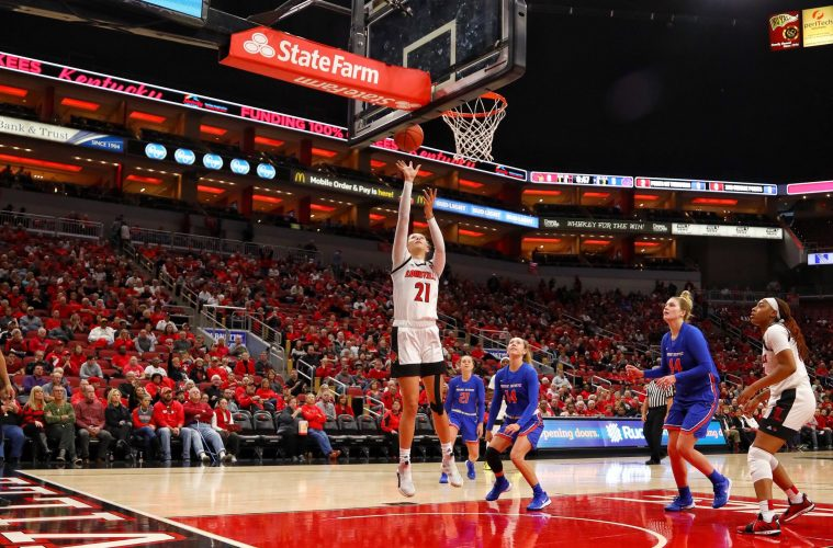 Kylee Shook Louisville vs. Boise State 11-24-2019 Photo by William Caudill, TheCrunchZone.com